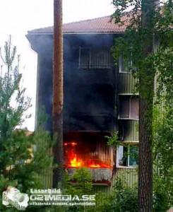 Lägenhetsbrand i Fagersta. Foto: Läsarbild/021media.se
