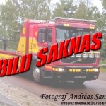 2015-09-27: Biljakt slutade med ambulans färd