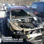 2018-04-14: 8 bilar skadade i brand på Råby